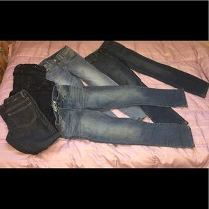 Lot of slim/straight jeans